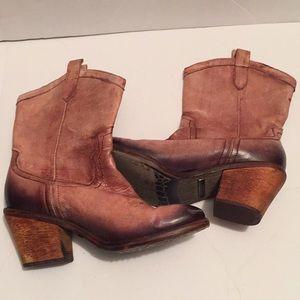 Sam Edelman distressed cowboy boots 8.5